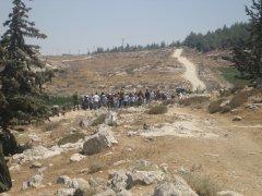 08-08-02 At-Tuwani Action - walk from Tuba (33)