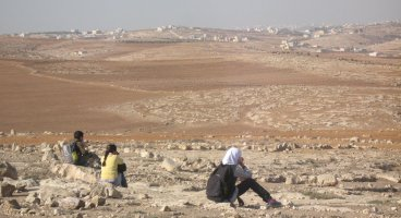 2011-12-20 Settlers' running race in the West Bank causing hours of delay for Palestinians