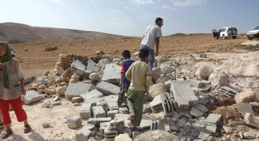 2012-11-06 Israeli Army demolishes in Ad Deirat and Jawwaya Palestinian villages