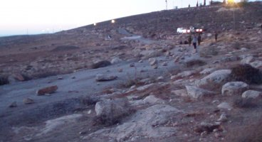 2013-08-18 Palestinians from South Hebron Hill still targeted by settlers: a well poisoned and two road block in the same day